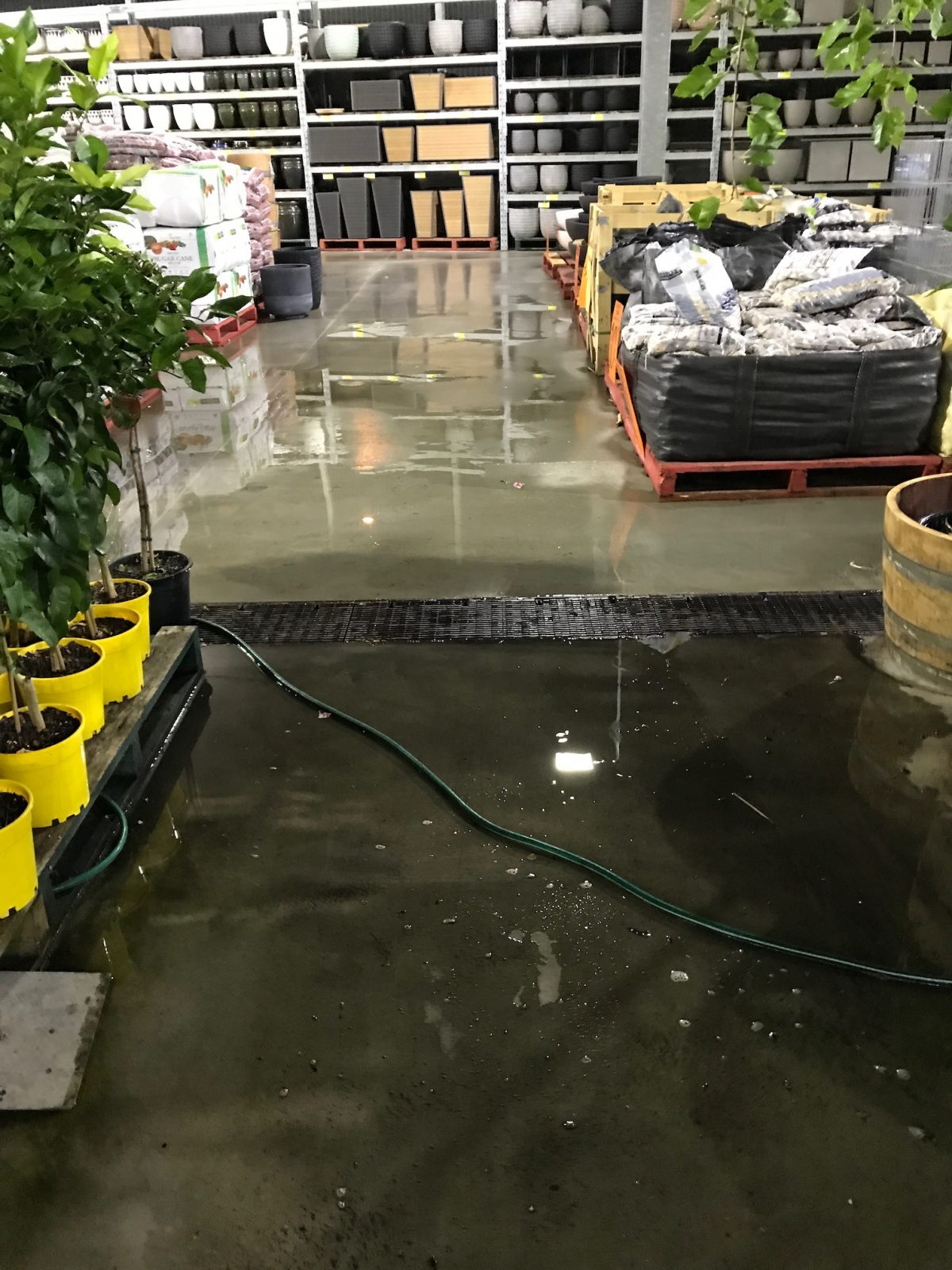 Bunnings Warehouse Clean